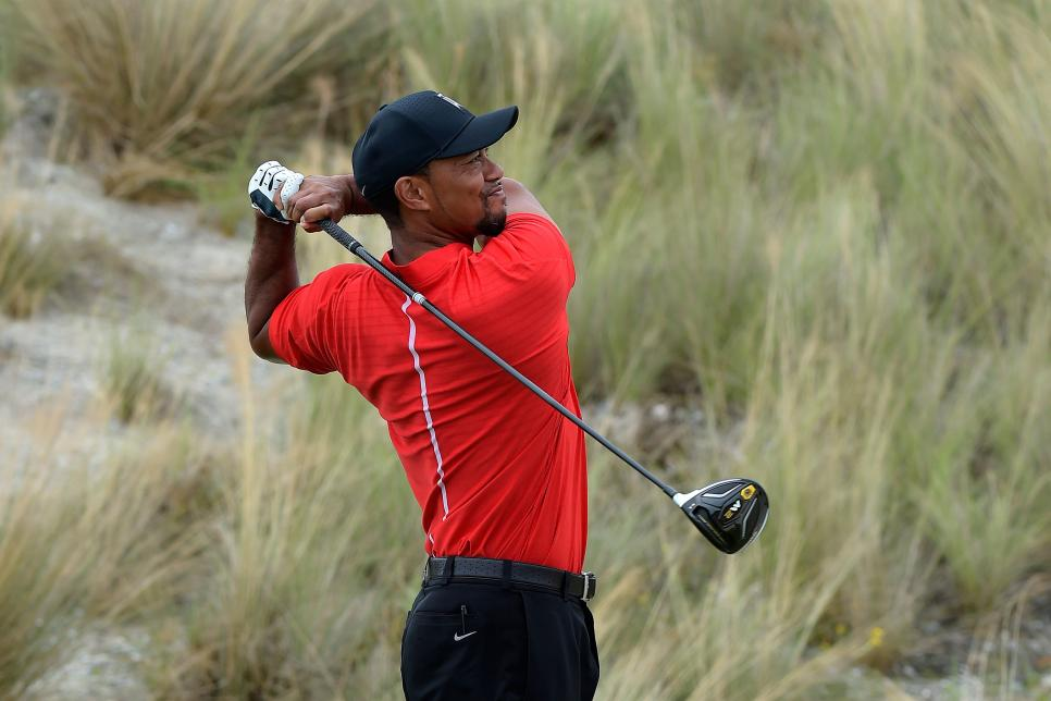 tiger-woods-hero-world-challenge-taylormade-m2-driver-2016.jpg