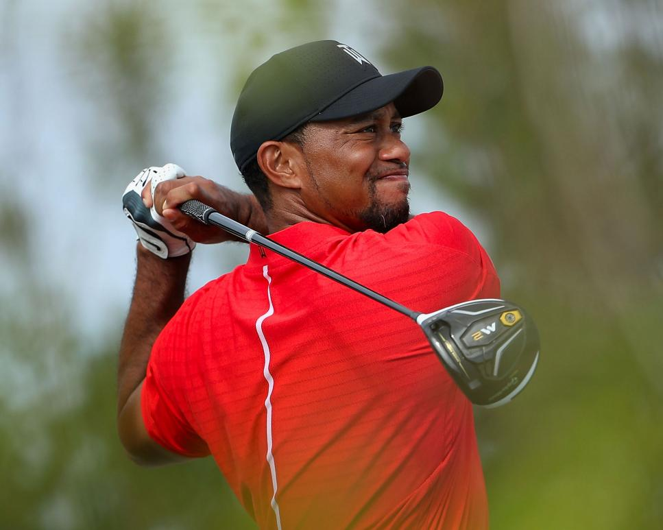 tiger-woods-hero-world-challenge-m2-driver-2016.jpg