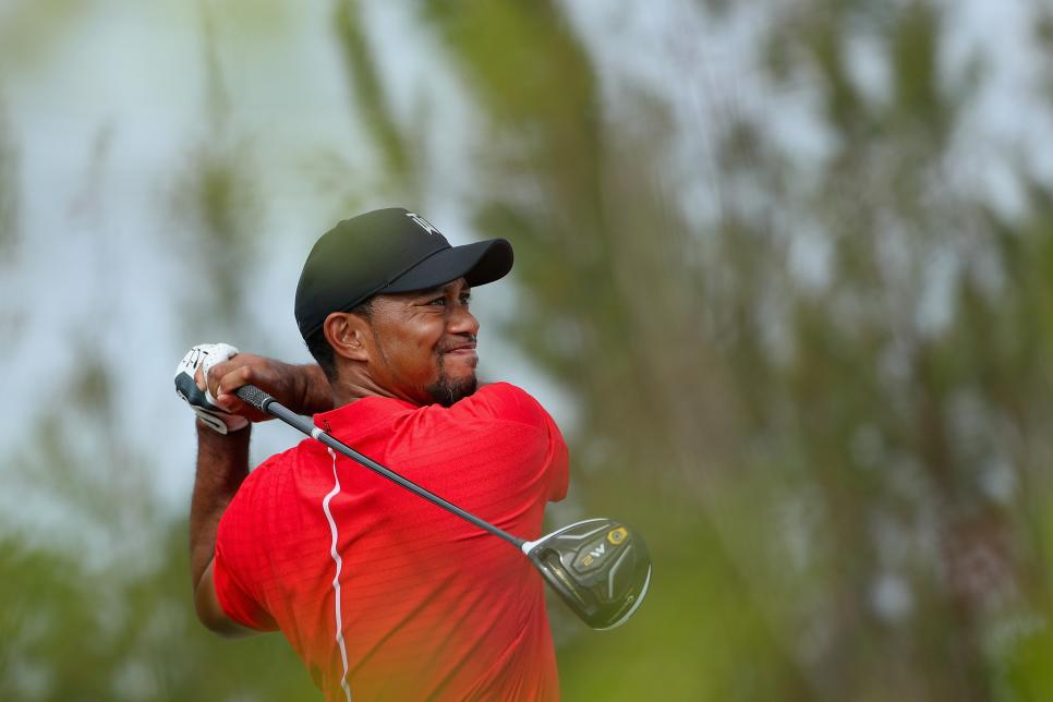 Tiger-Woods-Taylor-Made-driver.jpg