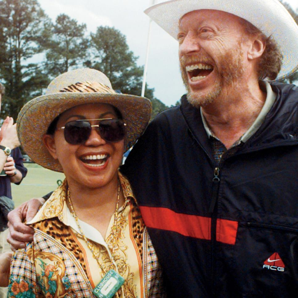 1997-Masters-Tida-Woods-Nike-founder-Phil-Knight.jpg
