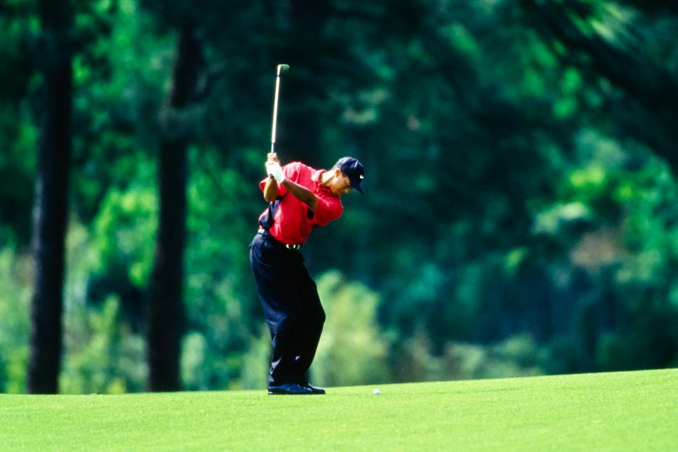 97masters-revisited-tiger-woods-hitting-shot-fairway.jpg