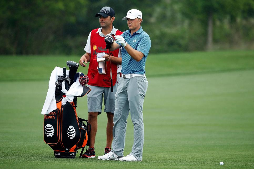 jordan-spieth-shell-houston-open-2015-with-caddie.jpg