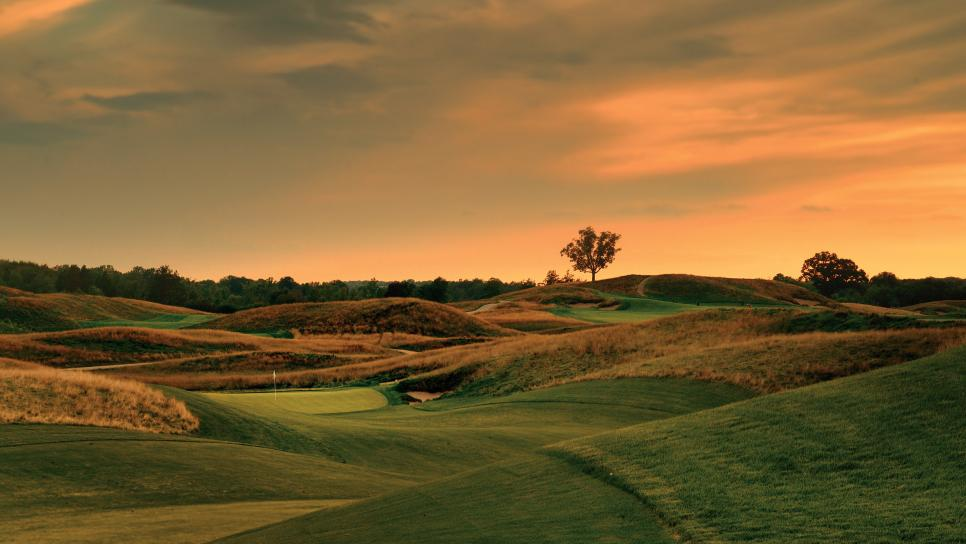 Erin-Hills-Golf-Course-hole-12.jpg