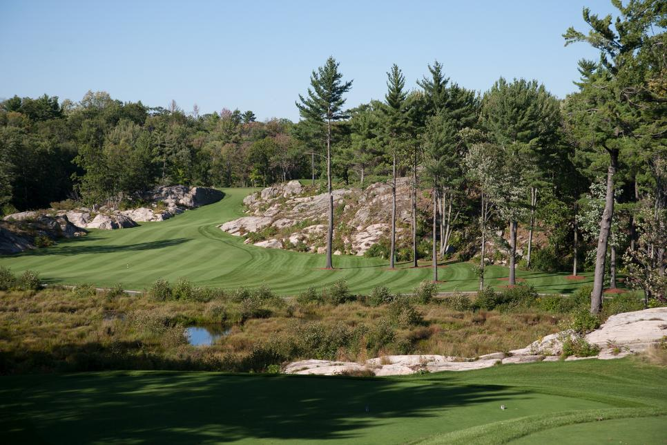 Muskoka-Bay-Club-hole-9-Ontario.jpg