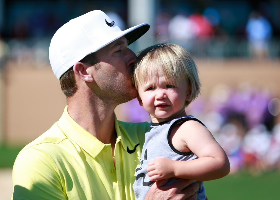 kevin-chappell-child-valero-texas-open-2017-sunday-celebration.jpg