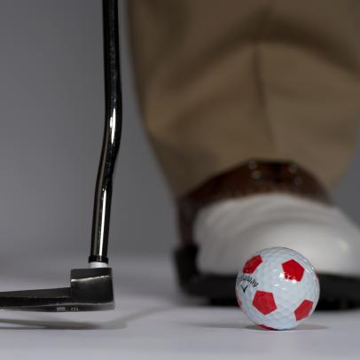 Tom Watson: Master The Downhill Putt