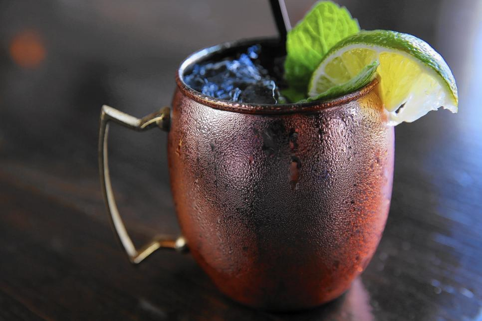 ct-kentucky-mule-cocktail-garage-20141002-20141001.jpg