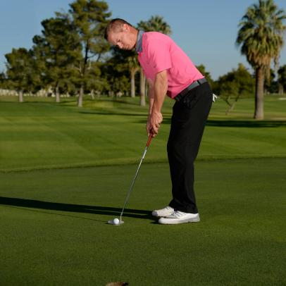 A Simple Way To Check Your Putting Alignment