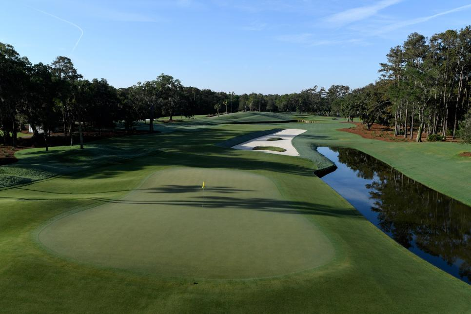 TPC-sawgrass-12th-hole.jpg