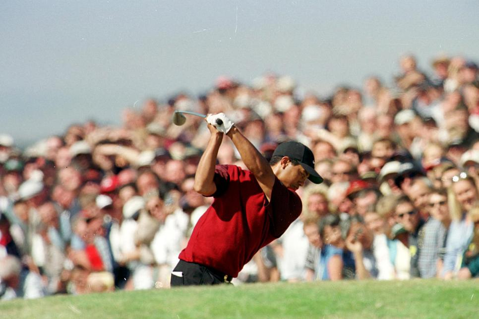 diaz-preview-tiger-woods-2000-british-open.jpg