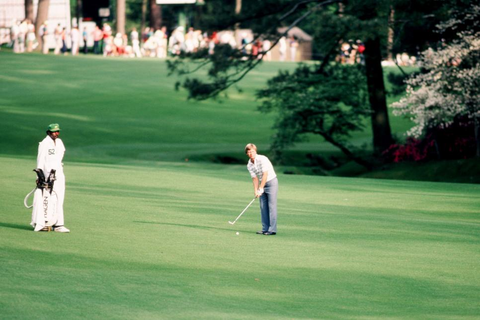 ben-crenshaw-1984-masters-13th-hole-magazine-supernatural.jpg