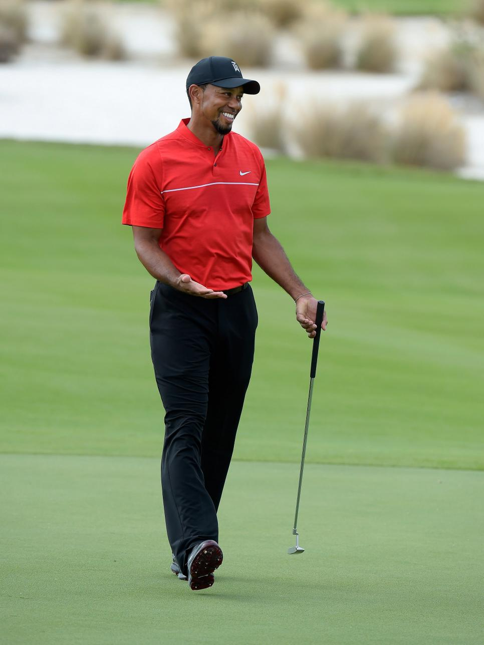 tiger-woods-hero-world-challenge-2016-smiling-on-course.jpg