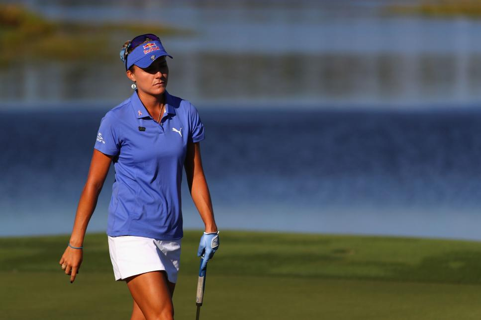 lexi-thompson-cme-group-tour-championship-sunday-2017-walking.jpg