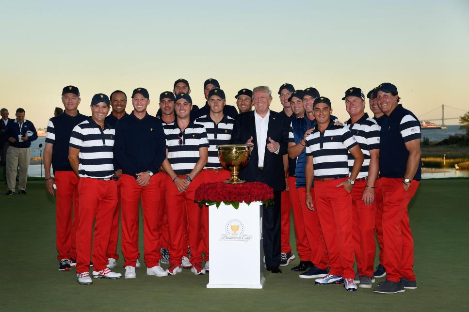 donald-trump-us-presidents-cup-team-2017.jpg