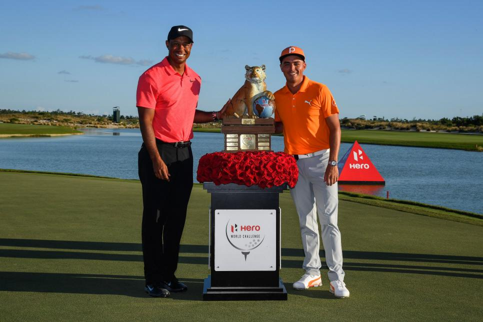 tiger-woods-rickie-fowler-2017-hero-world-challenge-trophy-shot.jpg
