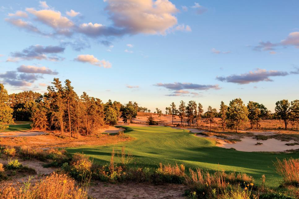 Sand-Valley-14th-hole.jpg