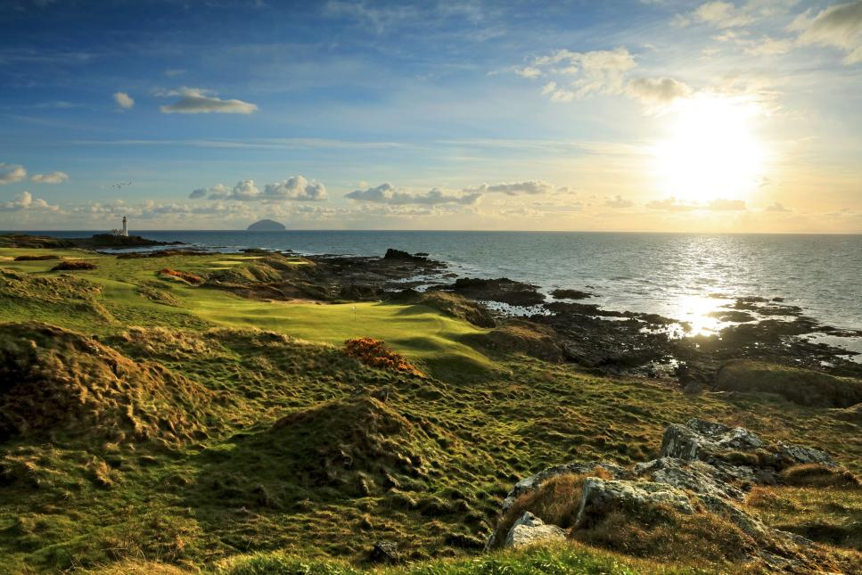 Trump-Turnberry-Ailsa-11th-hole.jpg