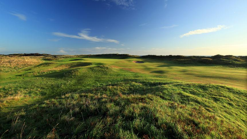 Portmarnock-Golf-Club-par-5-hole-6-Dublin.jpg