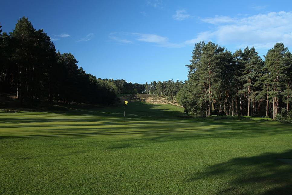 Sunningdale-Golf-Club-Old-Course-hole-10.jpg