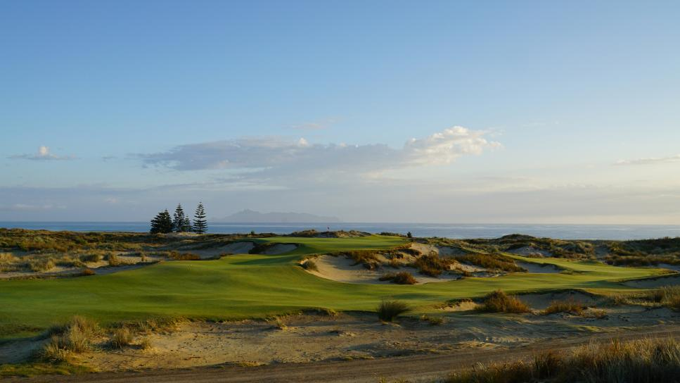 Tara-Iti-Golf-Club-17-hole.jpg