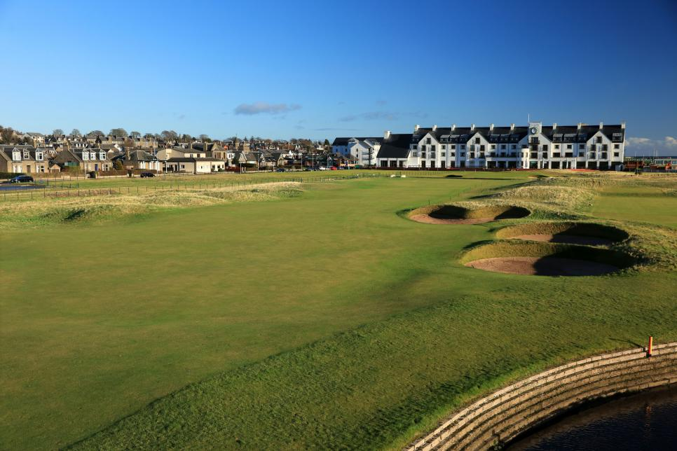 carnoustie-18th-hotel-2017-open-preview.jpg