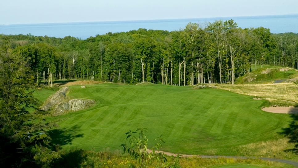 Michigan-Instagram-Courses-Greywalls-at-Marquette-GC-7.jpg