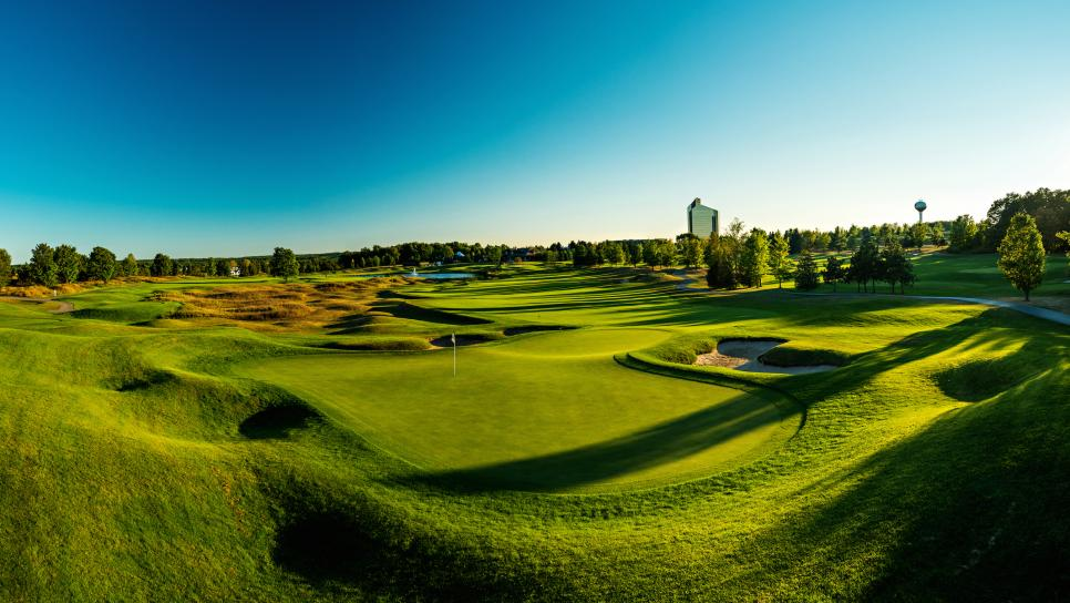 Michigan-Instagram-Courses-The-Bear-Grand-Traverse-Resort-Spa-1.jpg