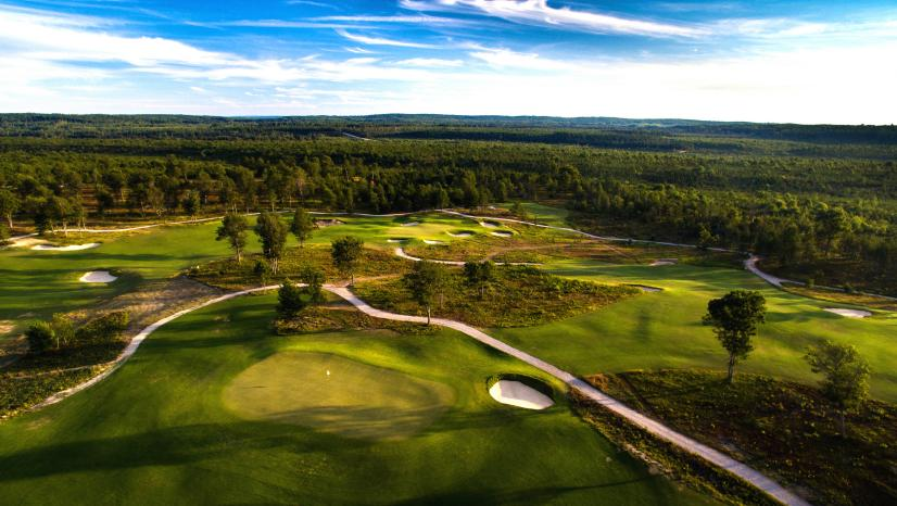 Michigan-Walkable-Courses-The-Loop-at-Forest-Dunes.jpg