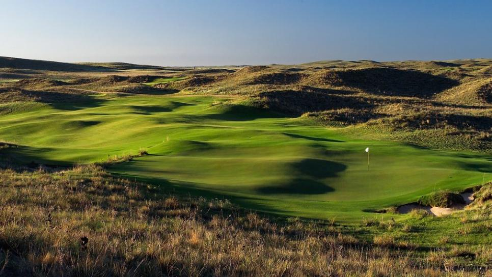 Ballyneal-Golf-Club-12.jpg
