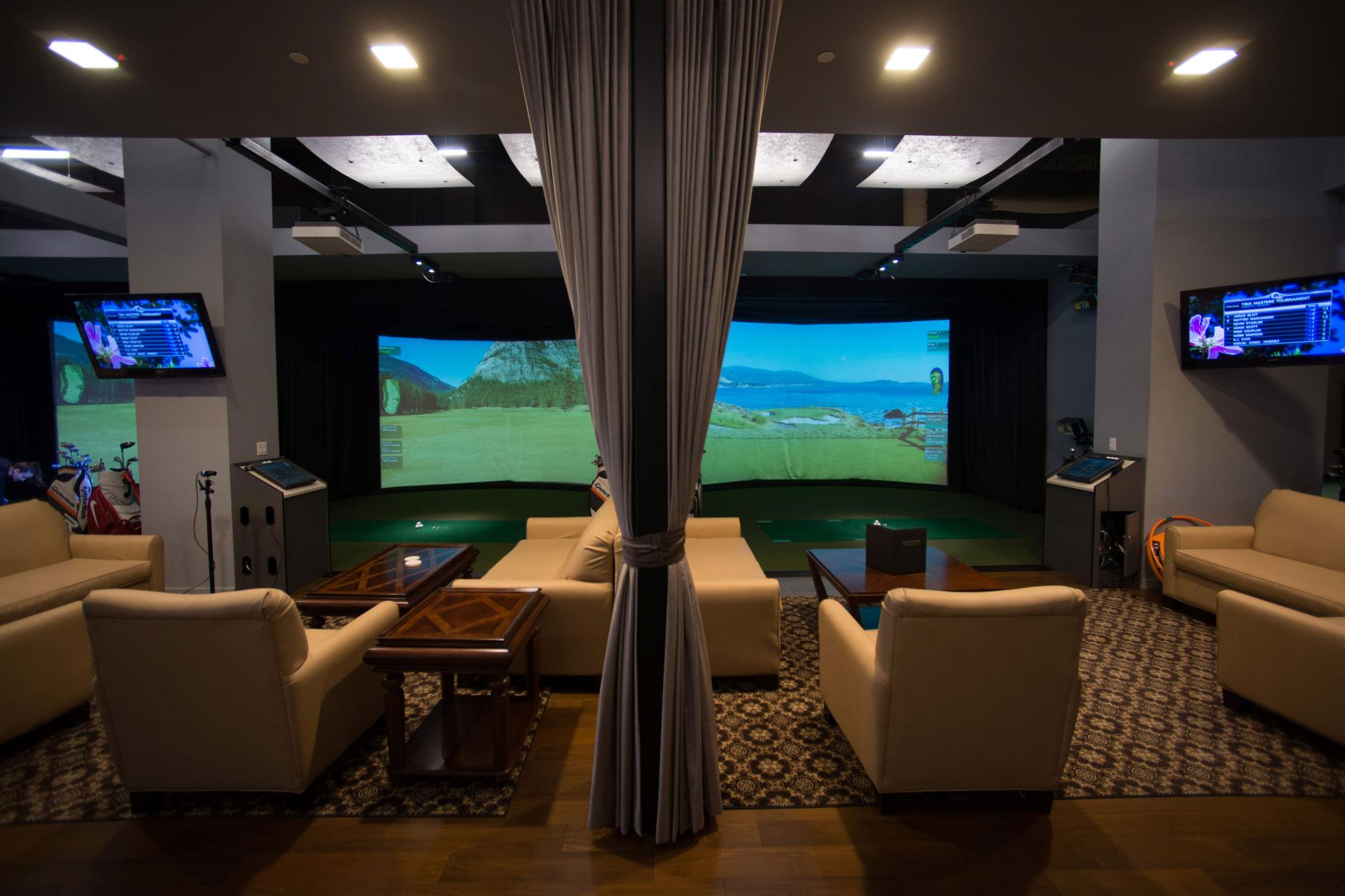 golf-simulator-luxury-setup.jpg