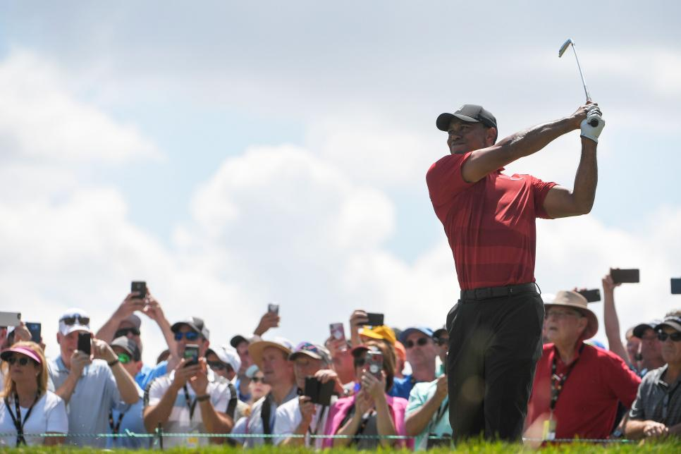tiger-woods-bay-hill-2018-sunday-swinging.jpg