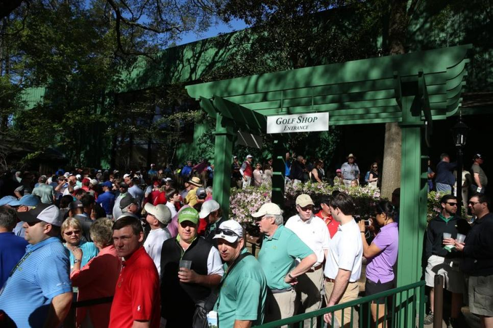 Augusta-National-patrons.jpg