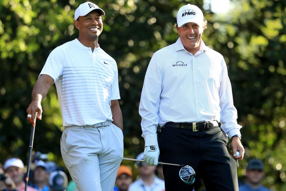 tiger-woods-phil-mickelson-masters-2018-tuesday-standing.jpg