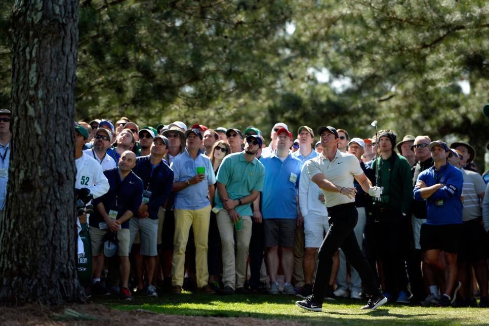 rory-mcilroy-masters-2018-friday-crowd-pinestraw.jpg