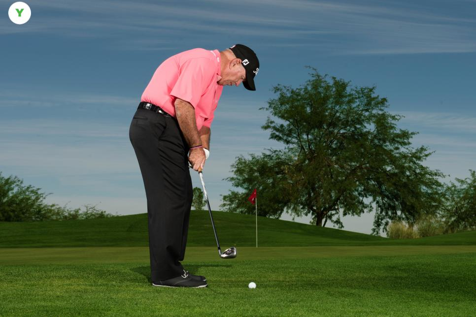 Butch-Harmon-chipping-correct.jpg
