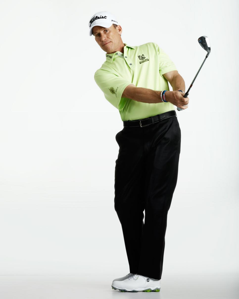 Michael-Breed-short-game-swing-hip-rotation.jpg