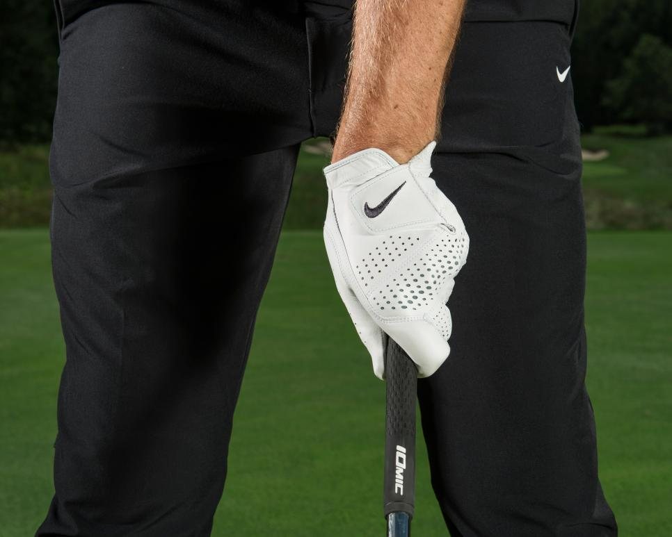 Tommy-Fleetwood-irons-correct-grip.jpg