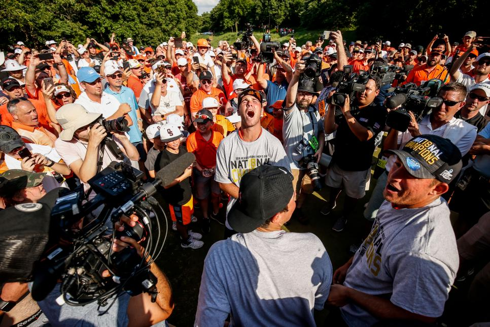 oklahoma-state-2018-ncaa-championship-matthew-wolff-celebration-crowd.jpg