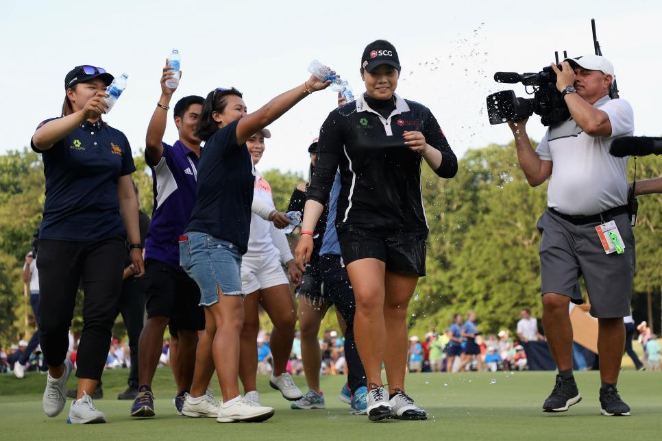 ariya-jutanugarn-2018-us-womens-open-sunday-celebration.jpg