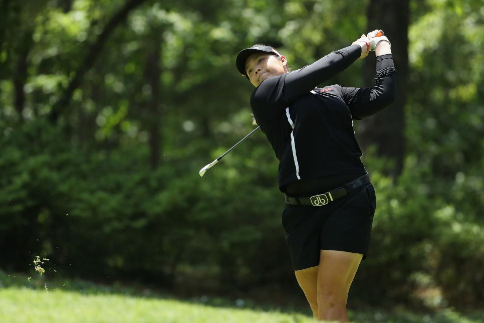 ariya-jutanugarn-us-womens-open-2018-sunday-iron-swinging.jpg