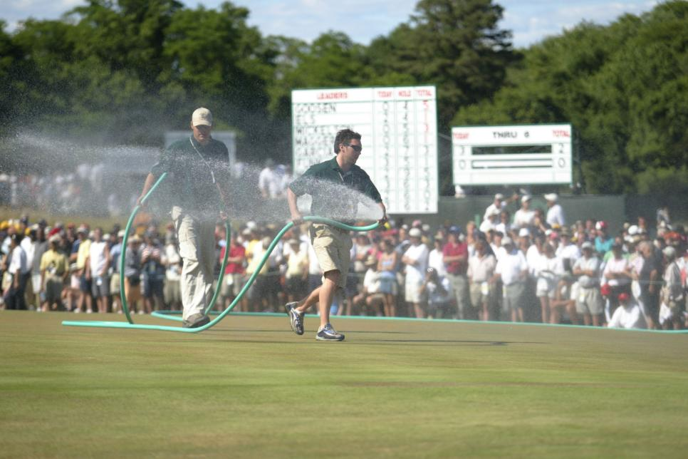 2004-us-open-watering-seventh-green-sunday.jpg