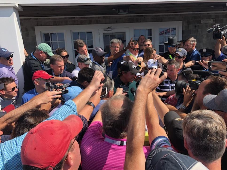 160618-phil-mickelson-scrum.jpg