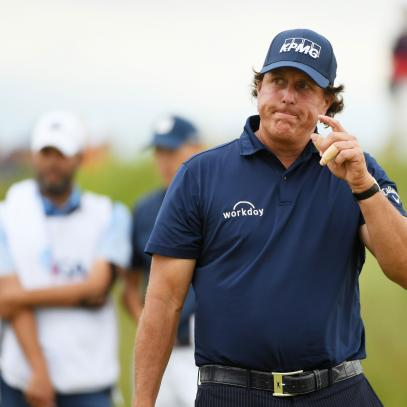 Why so many regular golfers loved Phil Mickelson's U.S. Open 'rake-gate'
