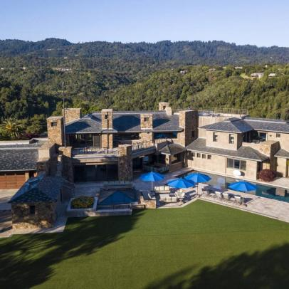 Billionaire dad of tour pro lists mansion with hockey rink for nearly $100 million