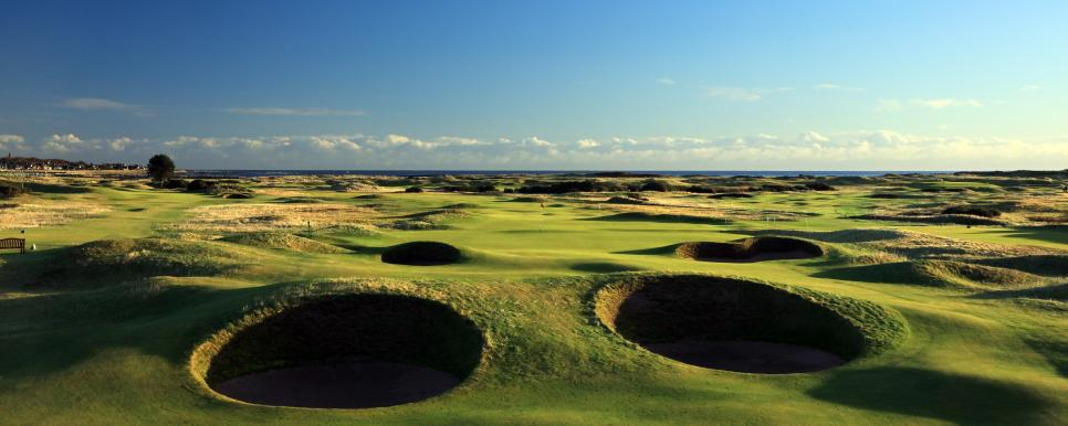 Carnoustie Golf Links Spectacles bunkers 14