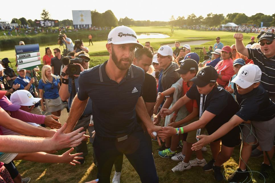 dustin-johnson-rbc-canadian-open-2018-high-fives.jpg