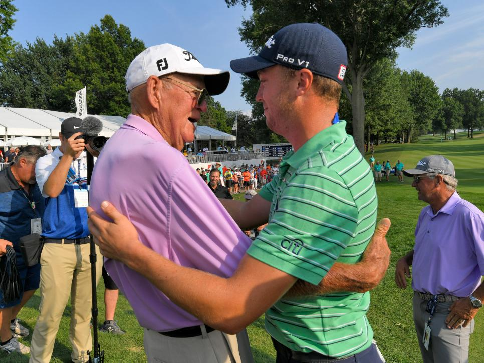 justin-thomas-paul-thomas-hug-2018-wgc-bridgestone-sunday-18th.jpg