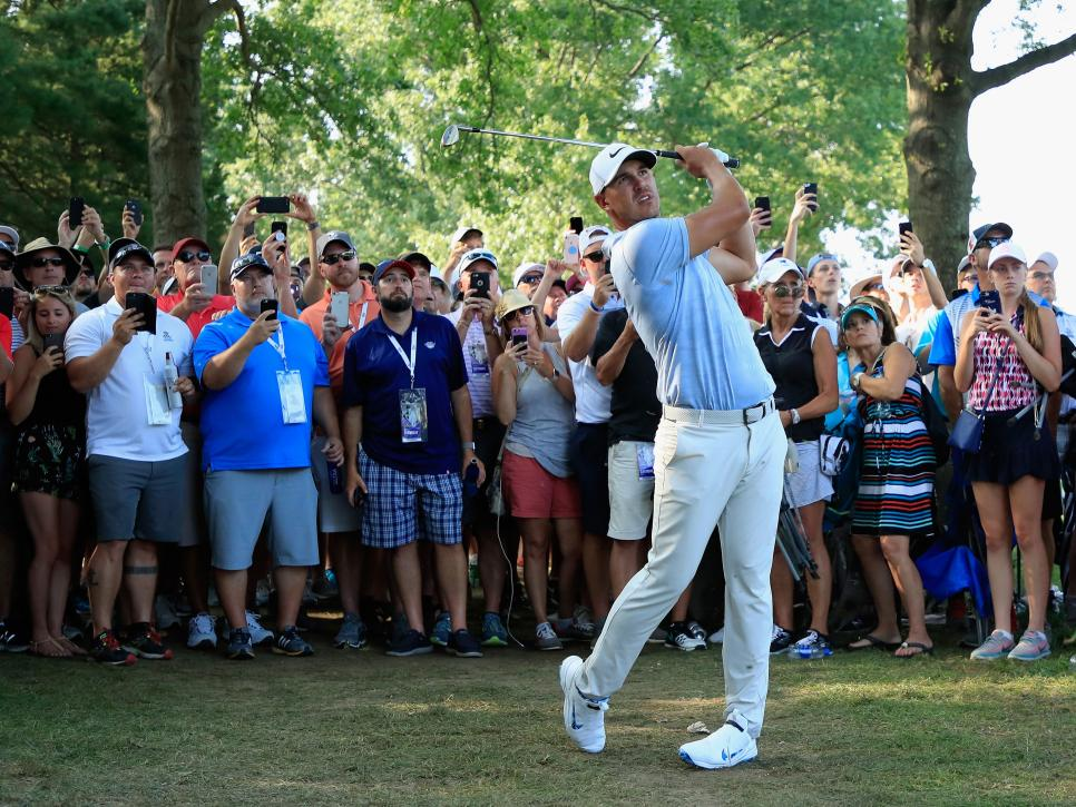 brooks-koepka-pga-championship-2018-saturday-crowd.jpg