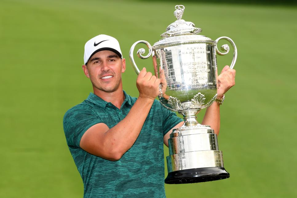 180813-brooks-trophy-pga.jpg
