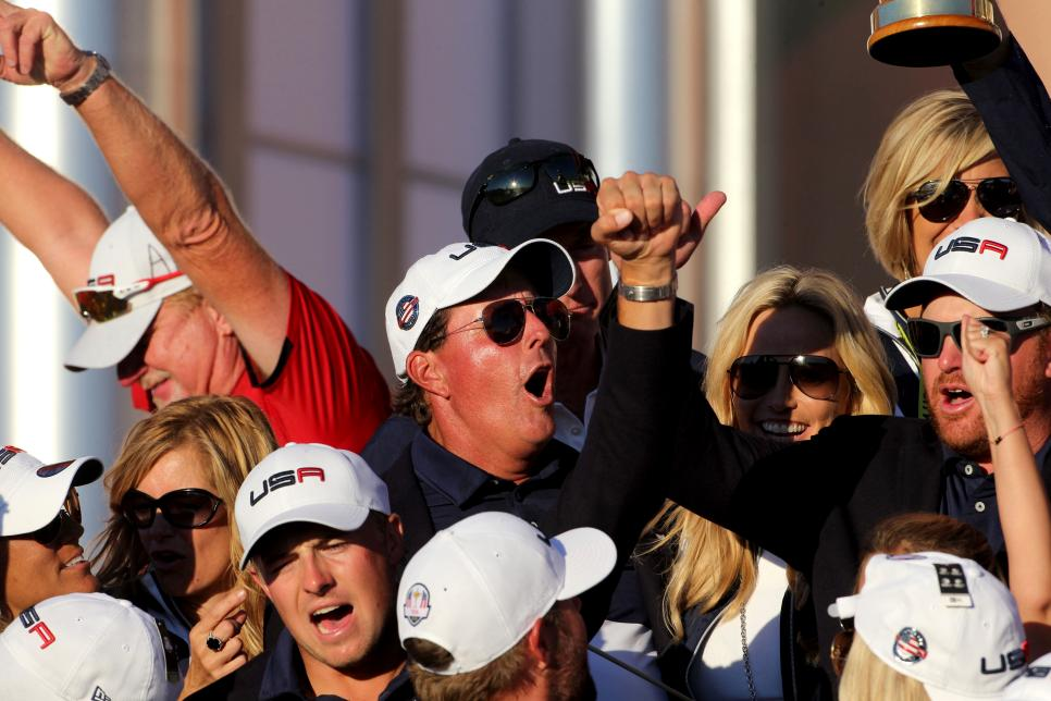 phil-mickelson-2016-ryder-cup-celebration.jpg